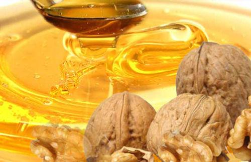 Мед с орехом