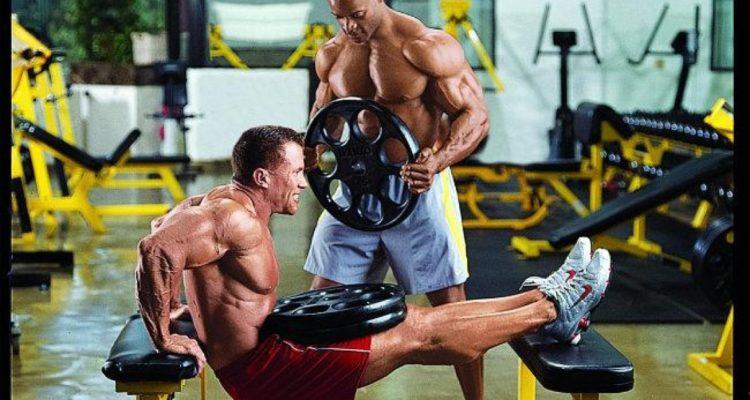 Отжимания на трицепс: несколько видов упражнений