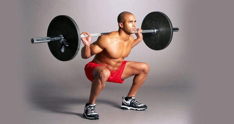 Приседания со штангой: упражнения и техника
