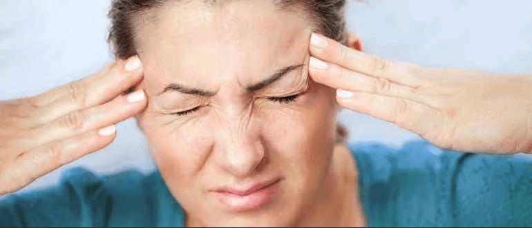 Ударилась виском болит голова