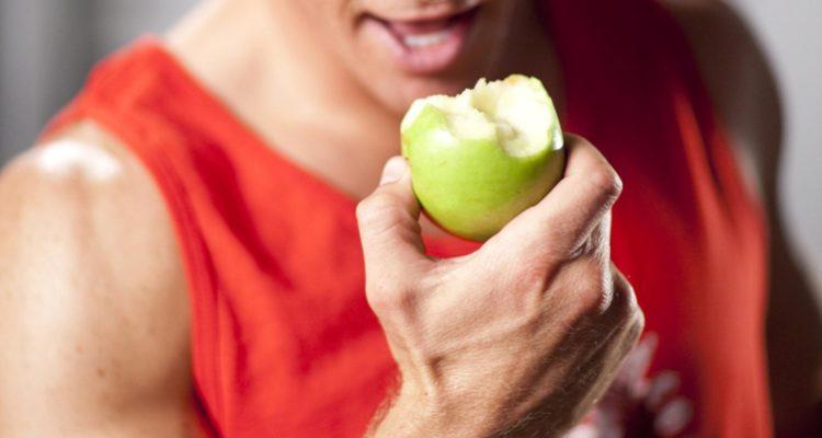 Сколько в яблоке углеводов: энергетически ценность для спорта