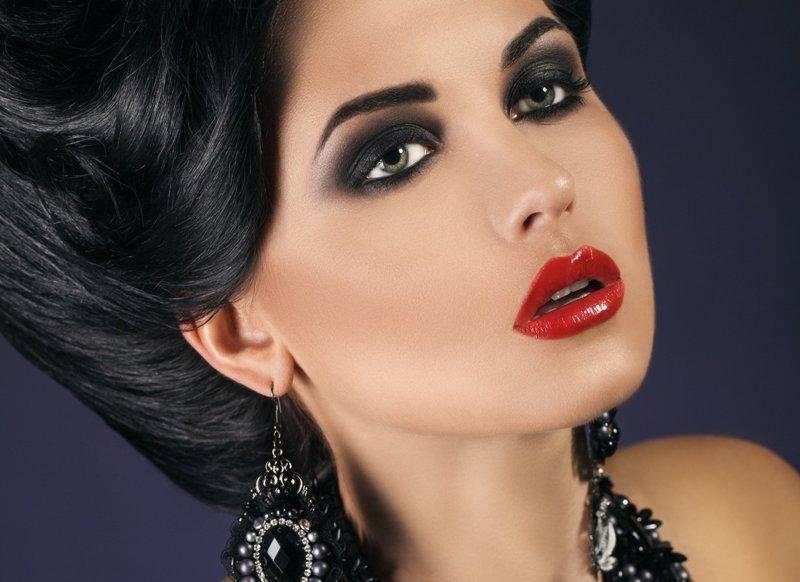 макияж для брюнеток