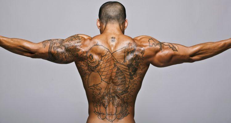 Как сделать плечи шире: в зале и дома
