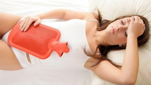 Болит желудок во время месячных
