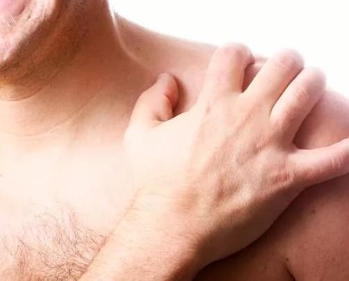 Болит ключица слева около шеи